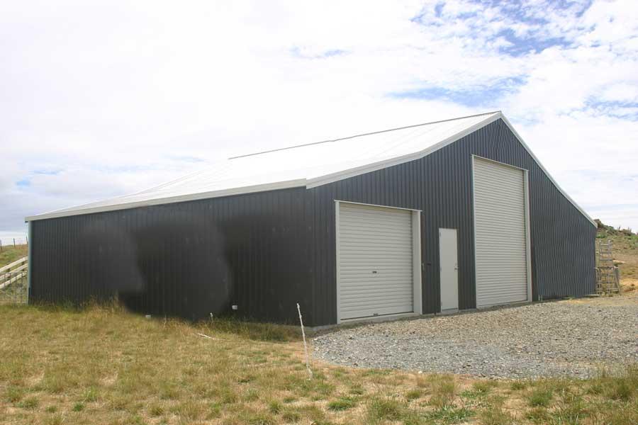Quaker Barns Have A Gambrel Roof Design We Build Great
