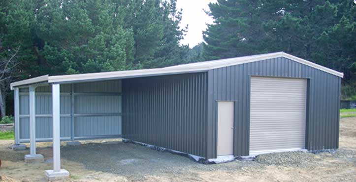 Kit shed with awning roof